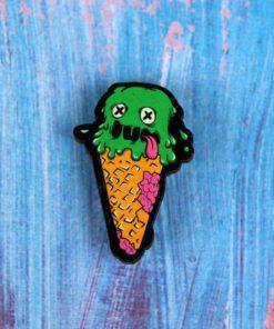 Деревянный значок Зомби-мороженое
