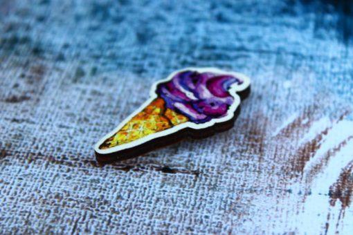 Деревянный значок Фиолетовое мороженое