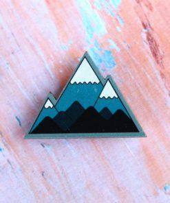 Деревянный значок Горы